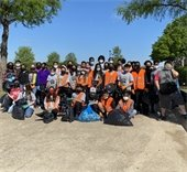 students pick up trash at Berry Middle school