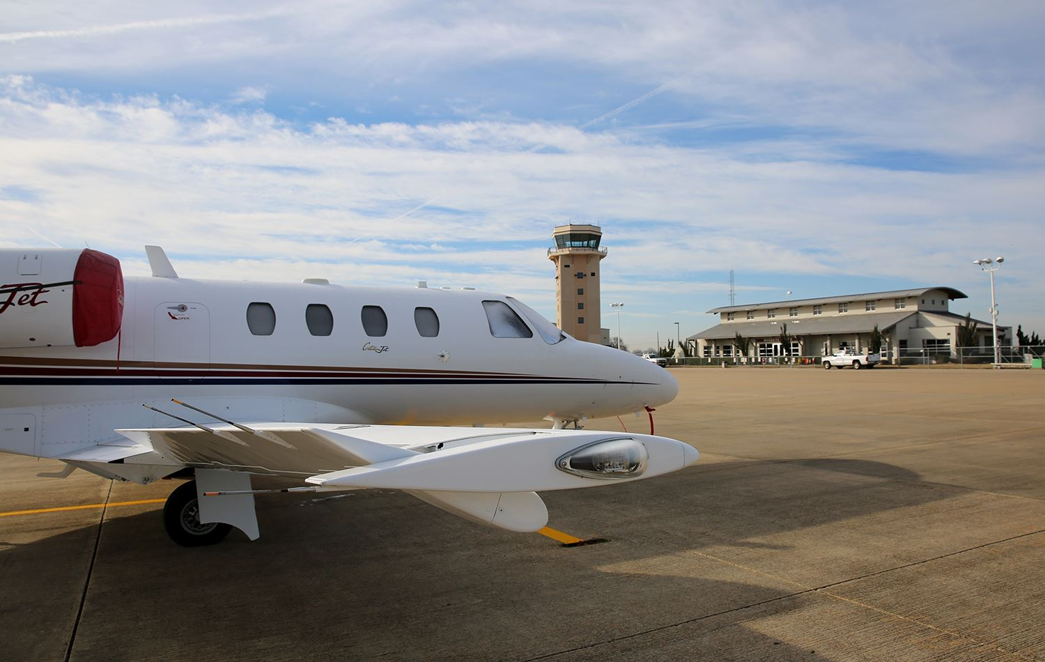 Mesquite Metro Airport - corporate jet