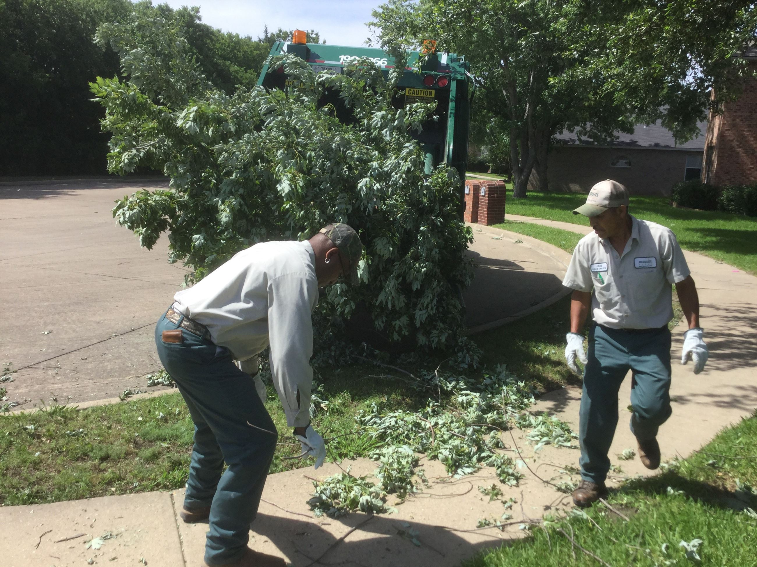 storm clean up - solid wast crews