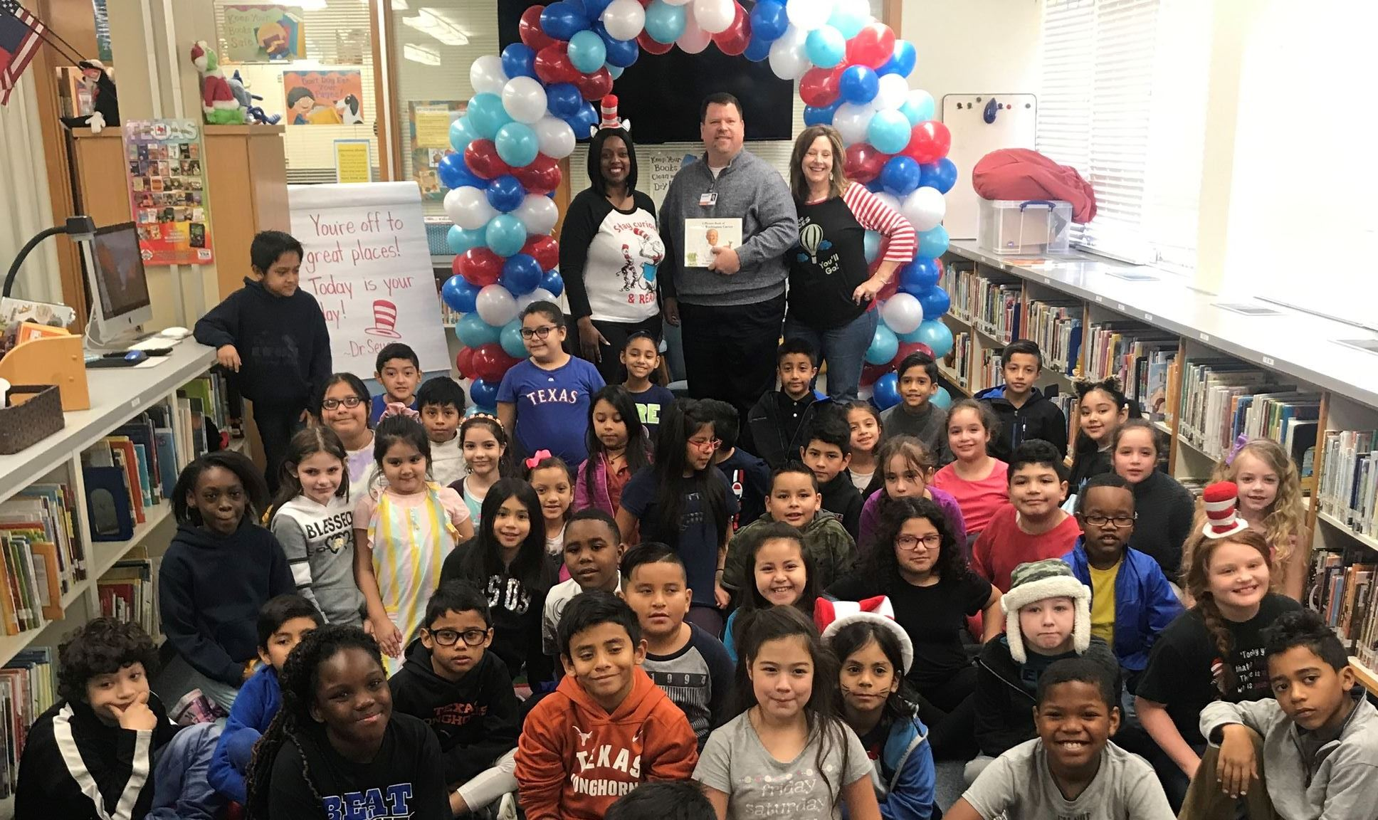 Mayor Archer reads to kids for Read Across America Day