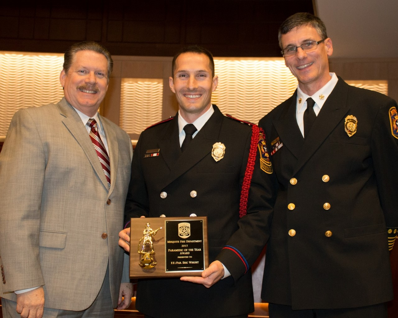 Paramedic of the Year - Eric Wright (1280x1024).jpg
