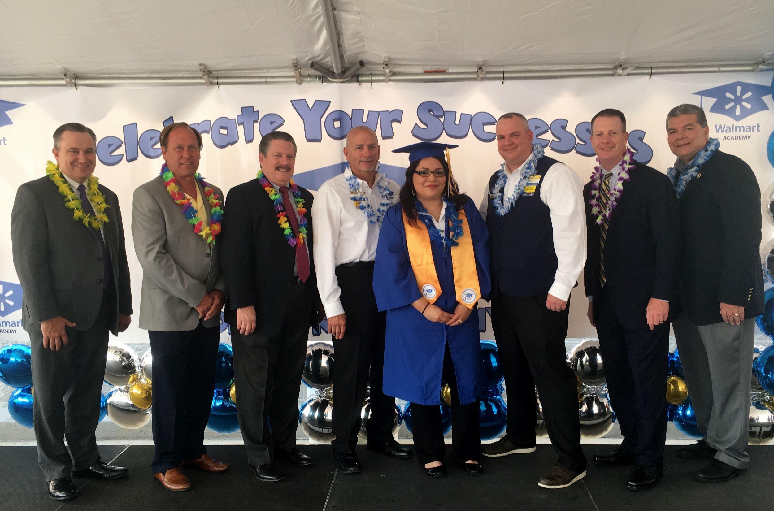 Mesquite Walmart Divisional Academy Graduates First Class