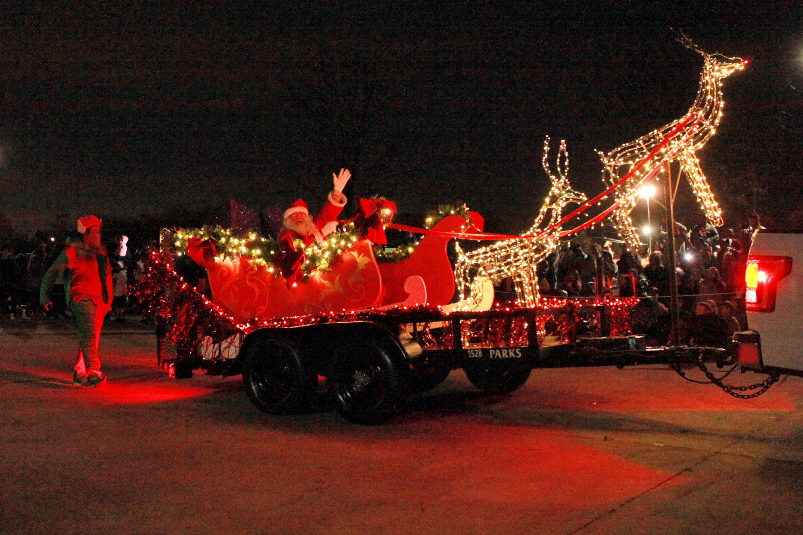 mesquites christmas in the park celebrates 31 years here comes christmas parade 2651x1769