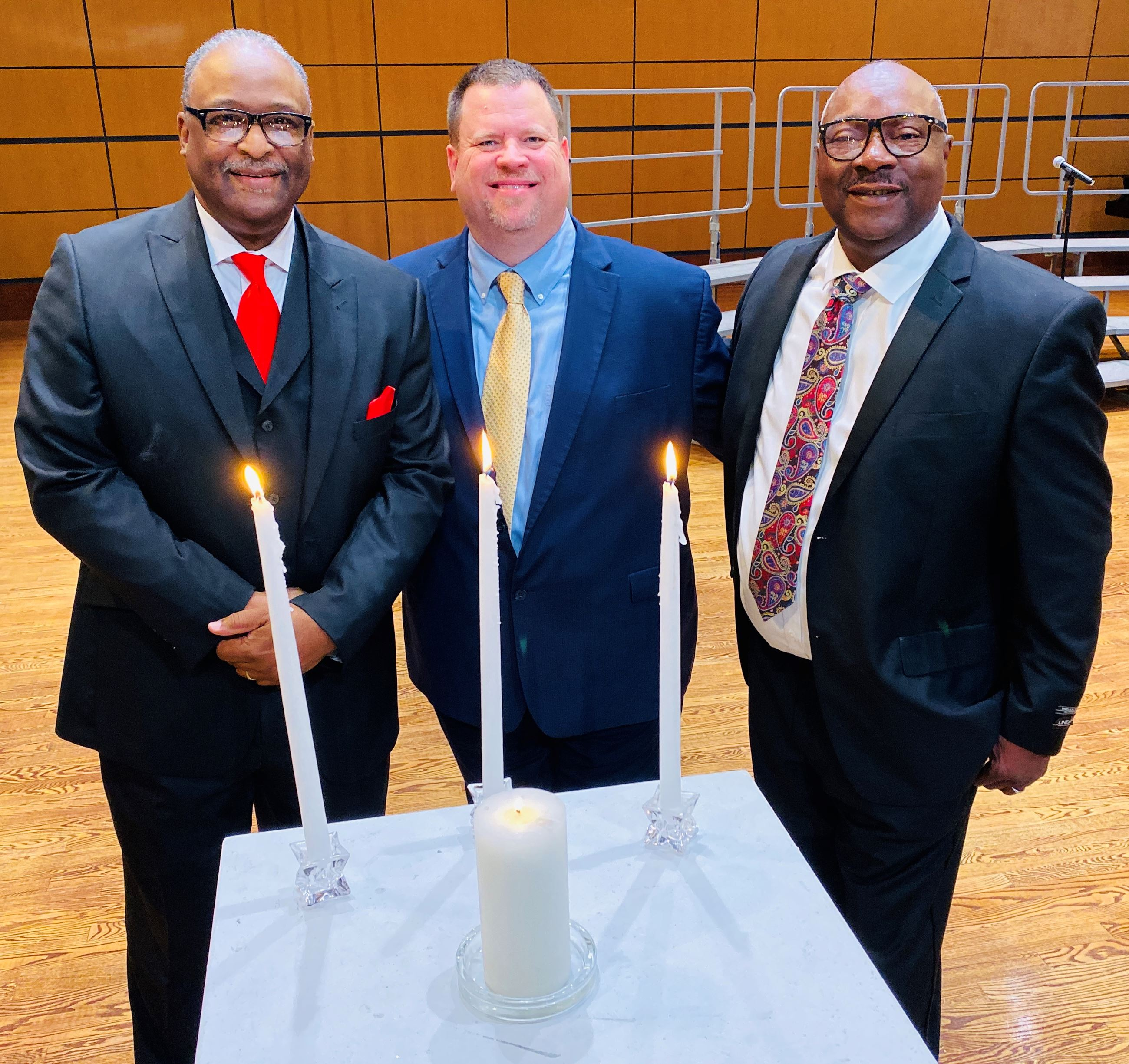 Mayor Archer lights unity candle at MLK event