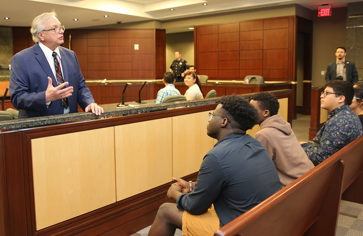 Judge Steve Crane speaks with students on Student Government Day - Mesquite TX
