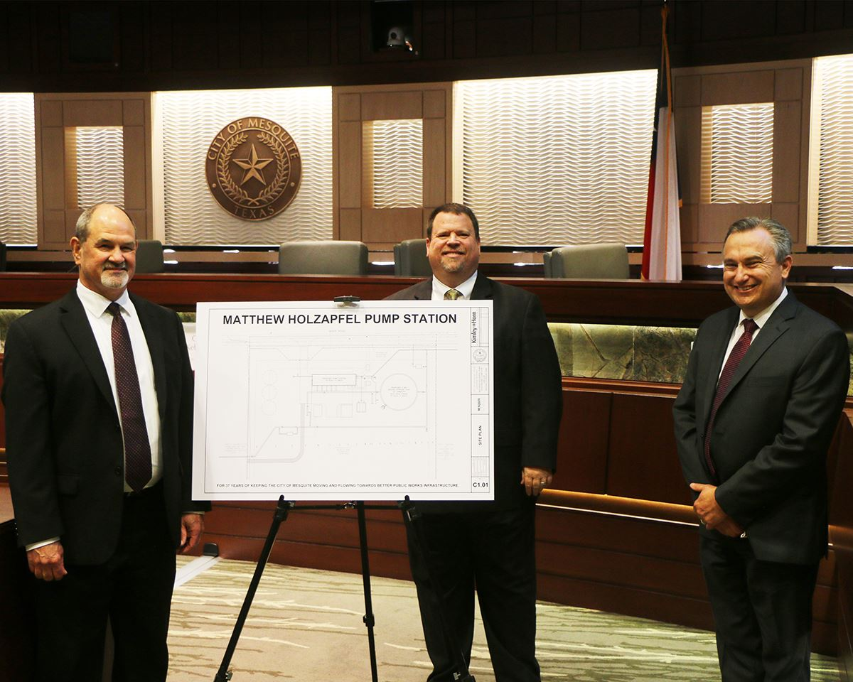 10-19-20 Mesquite TX Public Works Dir Matt Holzapfel - Mayor Bruce Archer - City Mgr Cliff Keheley -