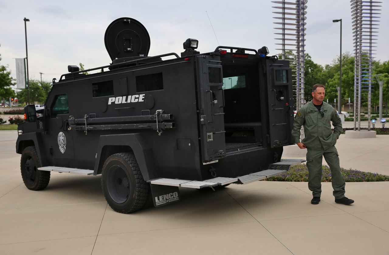 Town Hall Public Safety armored vehicle (1280x840) (2)