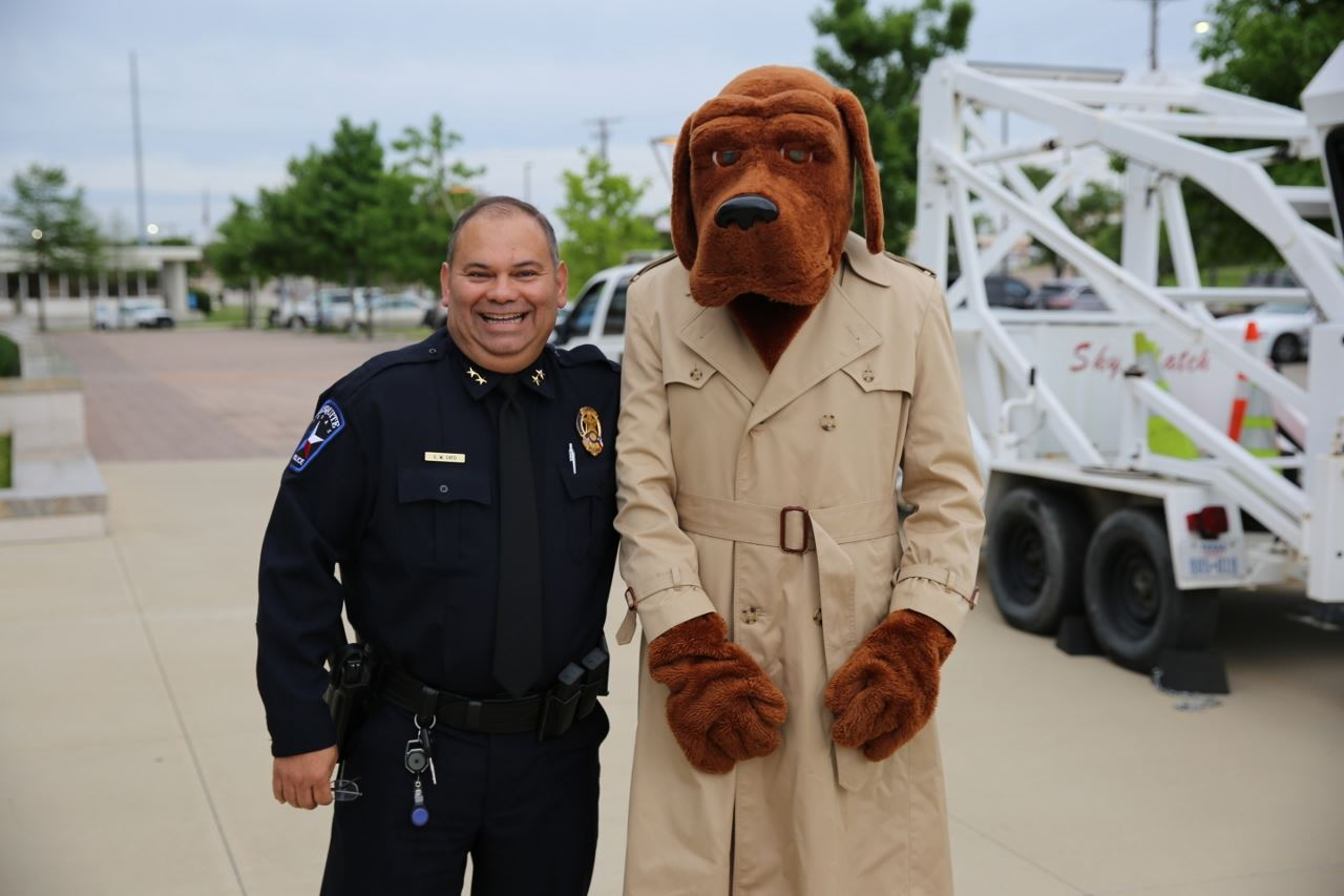 Town Hall Public Safety chief with mcgruff (1280x853)